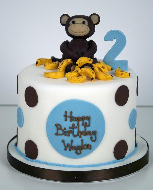 Bánh sinh nhật con khỉ 2 tuổi