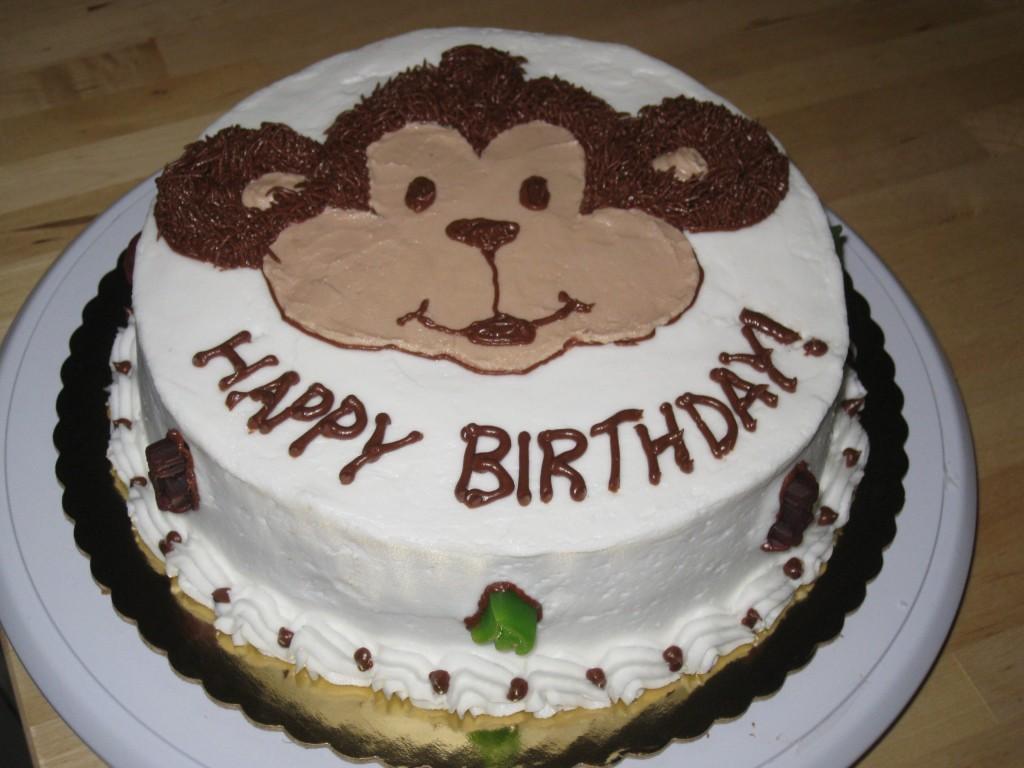 Làm bánh sinh nhật hình con khỉ