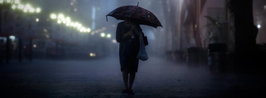 Ảnh bìa Facebook buồn cô đơn dưới mưa