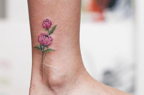 hinh xam hoa o co chan