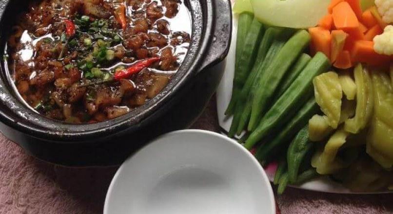 Cách làm tôm kho quẹt chấm rau củ luộc ngon mê ly