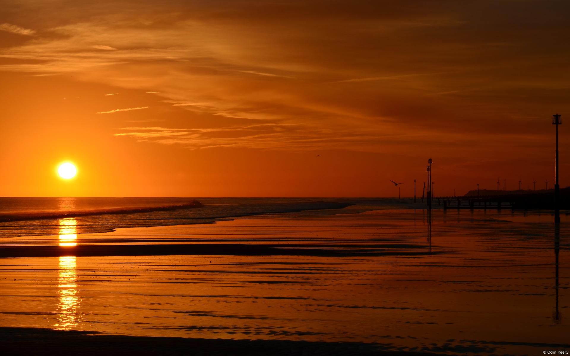 Ngắm hoàng hôn trên biển tại Withernsea, Yorkshire, England