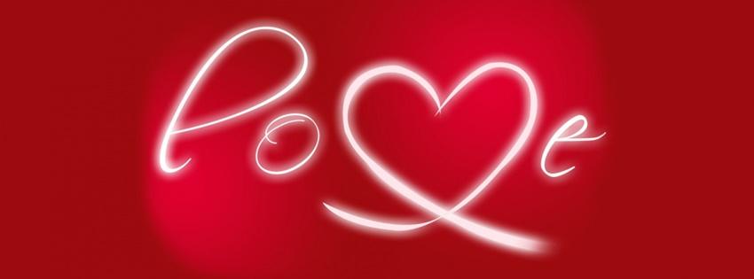 Ảnh bìa đơn giản với chữ LOVE cách điệu