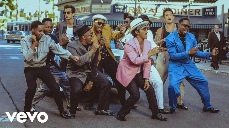 """Học vũ đạo """"Up town funk"""" – Ca khúc được trình diễn nhiều nhất tại các talent show"""