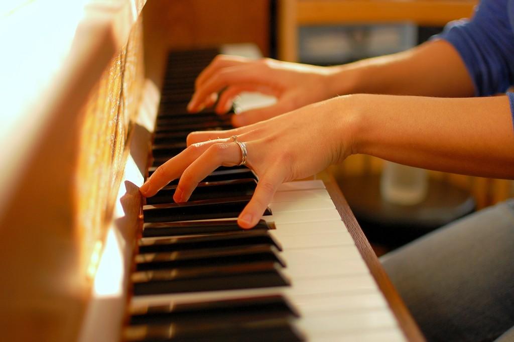 CÁCH CHỌN MUA ĐÀN PIANO PHÙ HỢP VỚI TIÊU CHÍ NGƯỜI CHƠI