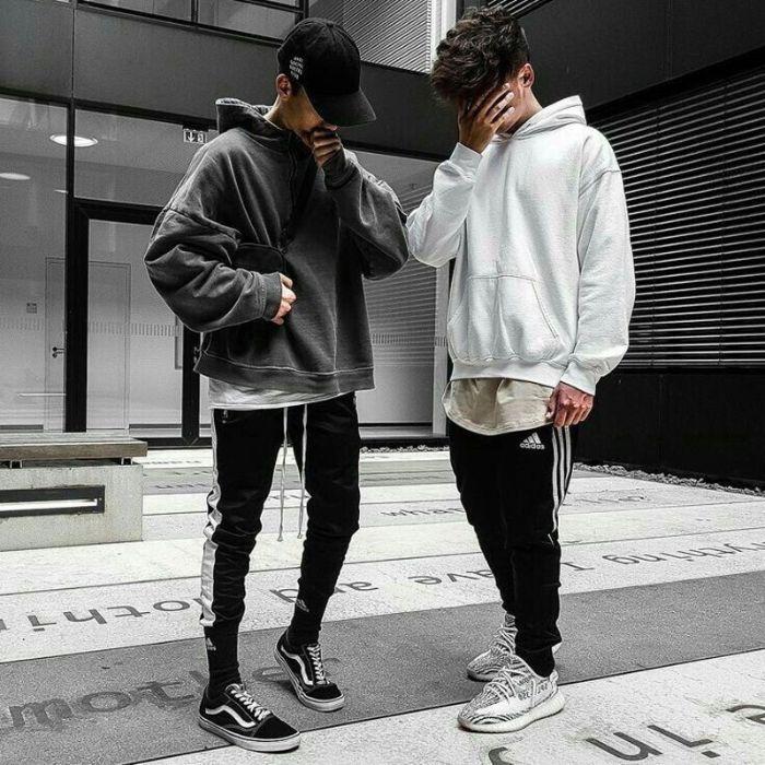 Bật mí cách mix đồ với áo hoodie dành cho cả nam và nữ