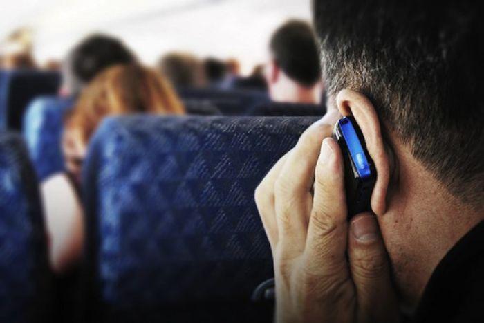 6 dấu hiệu điện thoại bị theo dõi bạn nên biết