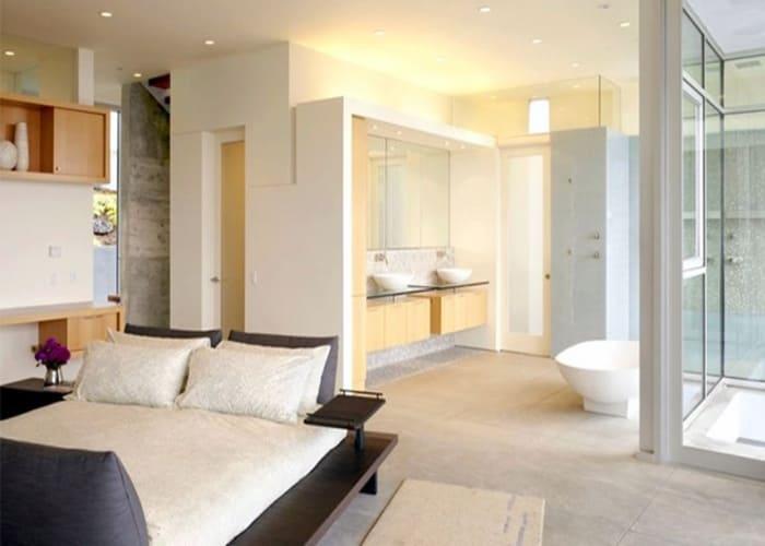 Nhà tắm, nhà vệ sinh được xem là nơi không sạch sẽ