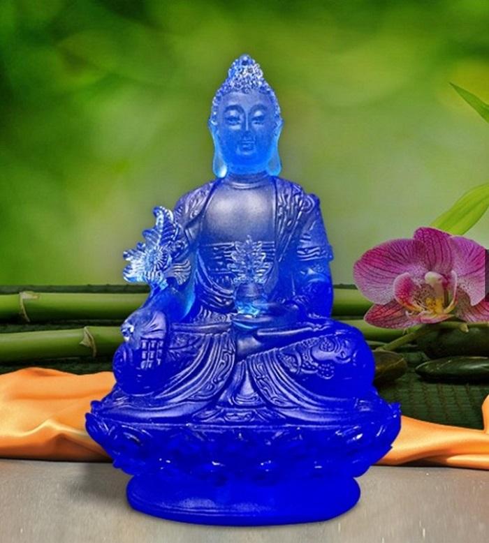 Trong thực tế, Phật giáo có tới 8 vị Phật Dược sư