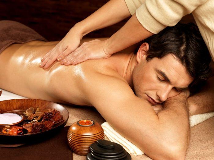 1 nghe thuat massage giup chong khoe vo vui