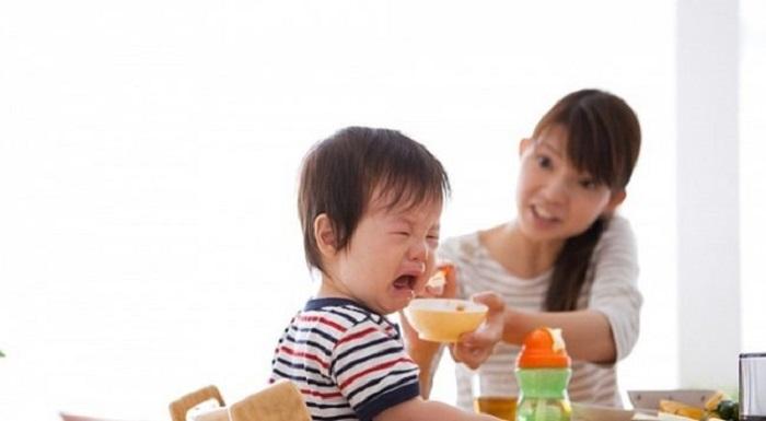7 dấu hiệu trẻ mọc răng