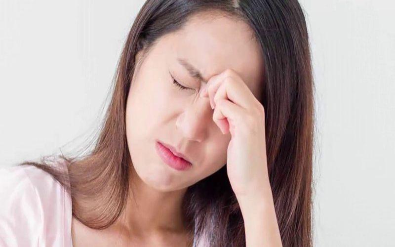 Hình 4: Đau đầu và đau cơ là dấu hiệu thứ phát bệnh sốt rét