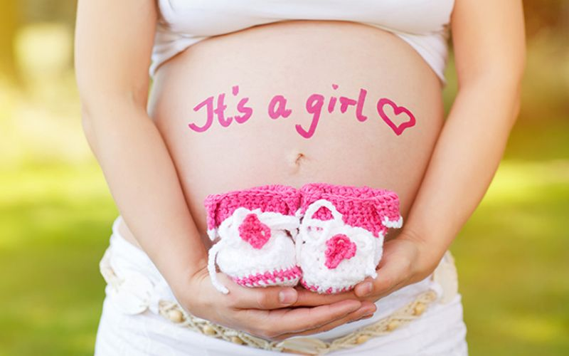 6 dấu hiệu mang thai bé gái sớm nhất