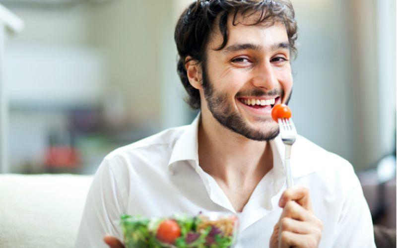 Hình 1: Điều chỉnh chế độ ăn uống khoa học là cách cải thiện chức năng sinh lý
