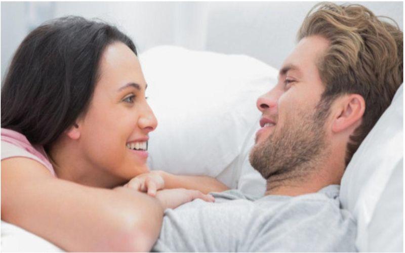 Hình 2: Hãy là người biết lắng nghe và thấu hiểu khi chồng yếu sinh lý