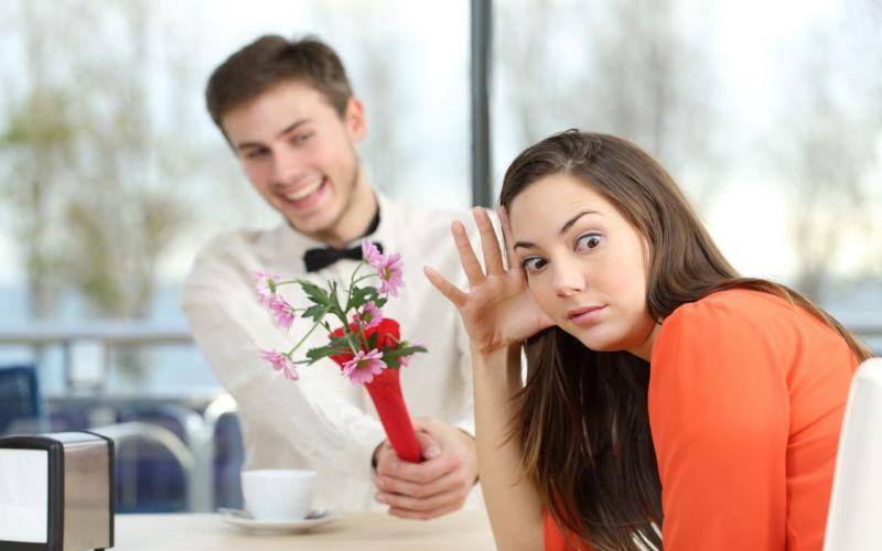 Hình 4: Bạn hoàn toàn có thể chủ động từ chối khi chưa sẵn sàng quan hệ tình dục
