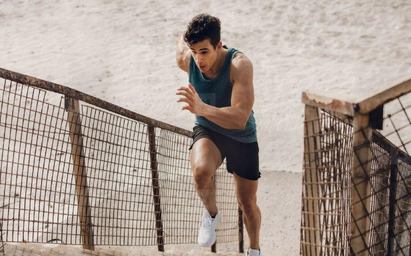 Hình 8: Tích cực rèn luyện thể dục, thể thao là cách trị yếu sinh lý tại nhà hiệu quả