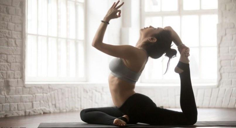 Hatha yoga là gì, điều gì làm nên sự luôn cuốn?