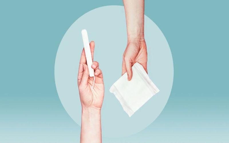 Hình 4: Sử dụng băng vệ sinh đúng cách để ngăn ngừa viêm âm đạo